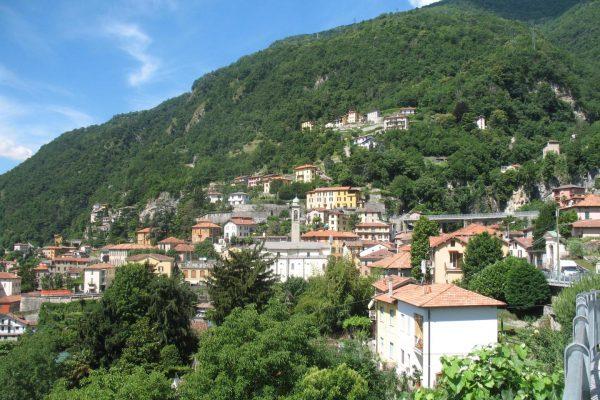 Moltrasio village