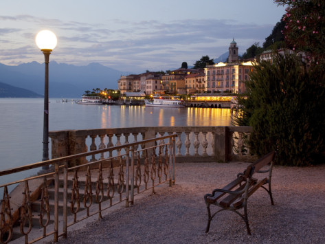 bellagio-lake-como-lombardy-italian-lakes-italy-europe