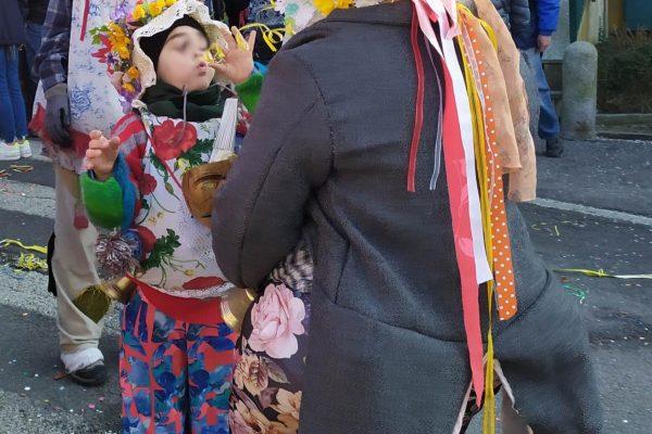 carnevale di Schignano bimbo